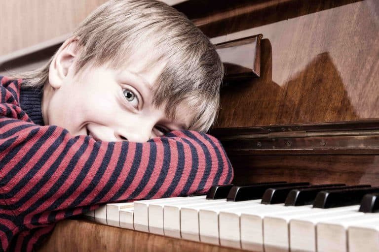 Kids private piano lesson
