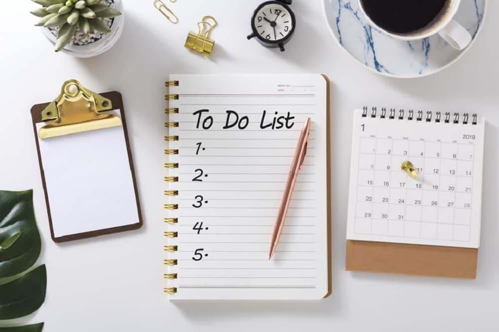 9)	Keep a to-do-list and a calendar